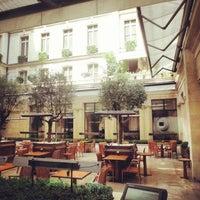 Photo prise au Park Hyatt Paris-Vendôme par Gontran P. le7/25/2013