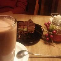 Снимок сделан в Coffee пользователем Damira K. 1/12/2016