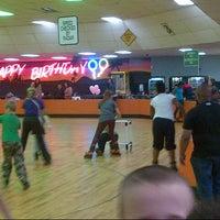 Photo taken at Interskate 91 Family Fun Center by Moises A. on 5/26/2013