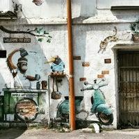 Photo taken at Ipoh Mural Art's Lane by Vika A. on 3/25/2016