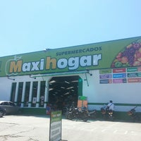 Photo taken at Maxihogar by Luis S. on 4/24/2013