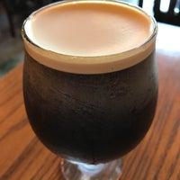 Photo taken at Fix Coffeebar by Kaiden on 5/6/2017