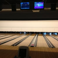 Photo taken at Bowling Stones by Claudia R. on 2/21/2013
