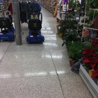Photo taken at Hy-Vee by Alex T. on 11/15/2016