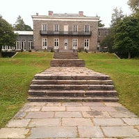 Photo taken at Bartow-Pell Mansion Museum by Jafe C. on 10/6/2012