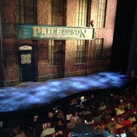 Photo prise au Kinky Boots at the Al Hirschfeld Theatre par Maria E. le5/7/2013