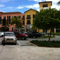 Photo taken at Apple Coconut Point by Claudio G. on 9/20/2012