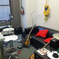 Photo taken at Grooveshark NYC HQ by Ian R. on 11/8/2012