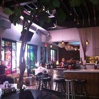 10/3/2012にKeira H.がMonika's Cafe Barで撮った写真