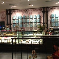Foto tirada no(a) Maison Paulette Café por VeronicaEM em 4/17/2013