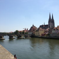 Das Foto wurde bei SORAT Insel-Hotel Regensburg von Dina G. am 8/5/2013 aufgenommen