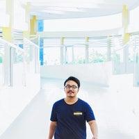 Photo taken at Gedung B Fakultas Kedokteran UNDIP by Bayu H. on 8/29/2015