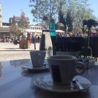 4/27/2013 tarihinde Oya A.ziyaretçi tarafından Lavazza'de çekilen fotoğraf