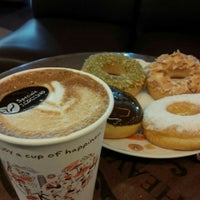 Photo taken at J.Co Donuts & Coffee by Susy L. 廖. on 4/24/2016