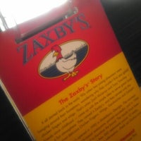 Photo taken at Zaxby's Chicken Fingers & Buffalo Wings by David Clifford II on 12/31/2012