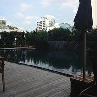 Photo taken at Fraser Suites Sukhumvit, Bangkok by Amol Q. on 7/3/2013