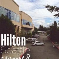 Foto tirada no(a) Hilton Seattle Airport & Conference Center por William S. em 6/22/2013