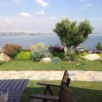 Photo taken at Batı Panorama Cafe-Restaurant by gökçi on 6/3/2014