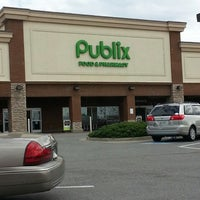 Photo taken at Publix by Robert W. on 4/7/2013