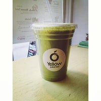 Photo taken at Yellow - A Juice Bar by Mark L. on 5/16/2013