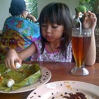 Photo taken at Warung Nasi Ampera by Nenden Indah M. on 12/28/2012