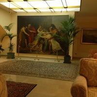 Foto scattata a Hotel Napoleon Roma da Essam I. il 6/14/2013