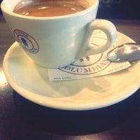 Das Foto wurde bei La Columbiana Kaffeerösterei von Stephan A. am 11/15/2013 aufgenommen