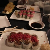 Photo prise au MI-NE SUSHI NY par Kelly K. le5/14/2018