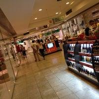 Foto tirada no(a) Casa & Gourmet Shopping por Celso M. em 12/15/2012