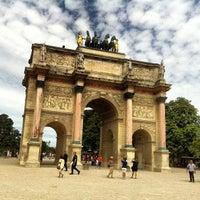 Foto tirada no(a) Arco do Triunfo do Carrossel por Luthfi S. em 7/28/2013