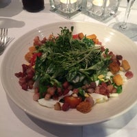 Das Foto wurde bei Restaurant Roter Kamm von Daniel am 9/18/2016 aufgenommen