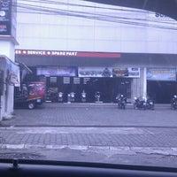 Photo taken at Yamaha Sumber Baru Denggung by Muhibbuddin Danan Jaya on 2/6/2013