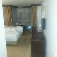 11/27/2012 tarihinde K@dir 🅰️🆖ziyaretçi tarafından Güven otel ödemiş'de çekilen fotoğraf