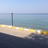 Photo taken at Karetta Cafe&Beach by Alkan on 9/21/2015