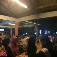 Photo taken at Kedai Tomyam dekat selekoh bt15 by Remy M. on 2/9/2016