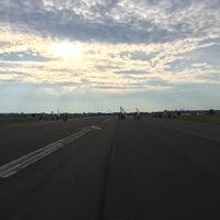 Foto tirada no(a) Tempelhofer Feld por Maciej M. em 9/13/2015