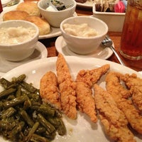 Photo taken at Cracker Barrel Old Country Store by Johnny C. on 1/11/2013