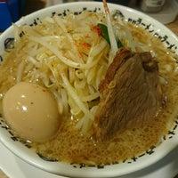 Photo taken at 野郎ラーメン 本郷三丁目店 by Yasuko K. on 10/29/2014