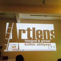 Photo taken at ARTLENS Görsel Kültür ve Fotoğraf Atölyesi by Berna on 12/16/2014