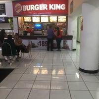 Foto tomada en Burger King por Carlos M. el 12/14/2016
