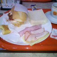 Photo taken at Supermercado Pinheiro - Padaria by Rafael T. on 3/5/2013