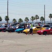 Foto tirada no(a) Bullring at Las Vegas Motor Speedway por Jimmie W. em 6/8/2014