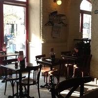 Photo taken at La Gare Brasserie & Le WINstub by cetin altan s. on 3/14/2013