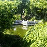 Das Foto wurde bei Chinesischer Garten von Anna M. am 7/11/2013 aufgenommen