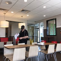 Photo taken at McDonald's by Luis Carlos D. on 9/5/2016