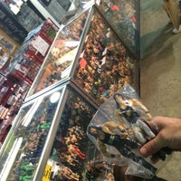 รูปภาพถ่ายที่ World's Awesome Flea Market โดย Hornblasters เมื่อ 3/30/2014