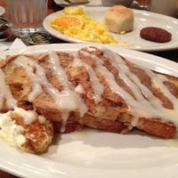 Photo taken at Cracker Barrel Old Country Store by Jason D. on 11/10/2012