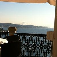 9/23/2012 tarihinde MeLda👼ziyaretçi tarafından Adile Sultan Sarayı'de çekilen fotoğraf