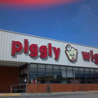Photo taken at Piggly Wiggly by Jordan B. on 9/24/2012