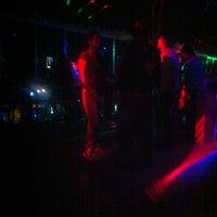 Foto tomada en Arenas Bar & Lounge por Favio M. el 3/3/2013